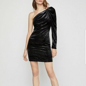 🔥🔥 Brand new BCBG MaxAzria velvet dress size 2